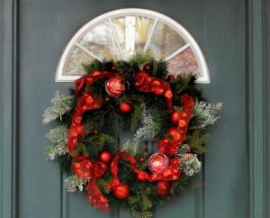 battery operated wreath